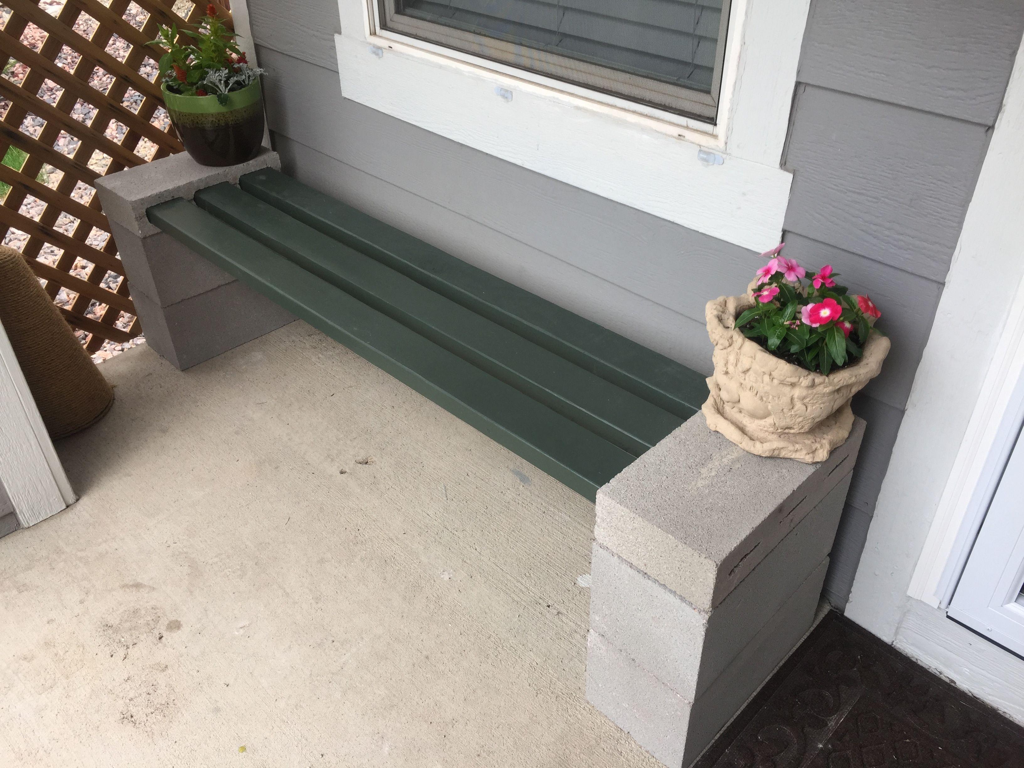 Diy Cinder Block And 2x4 Bench In 2019 Cinder Block Bench