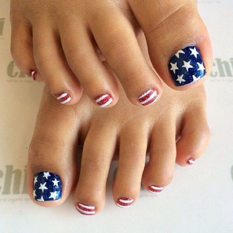 28 Fantastic Bright Summer And Fourth Of July Nail Design Ideas