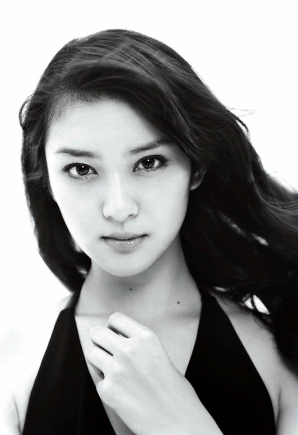 Emi takei japanese korean beauties pinterest japanese beauty emi takei voltagebd Gallery