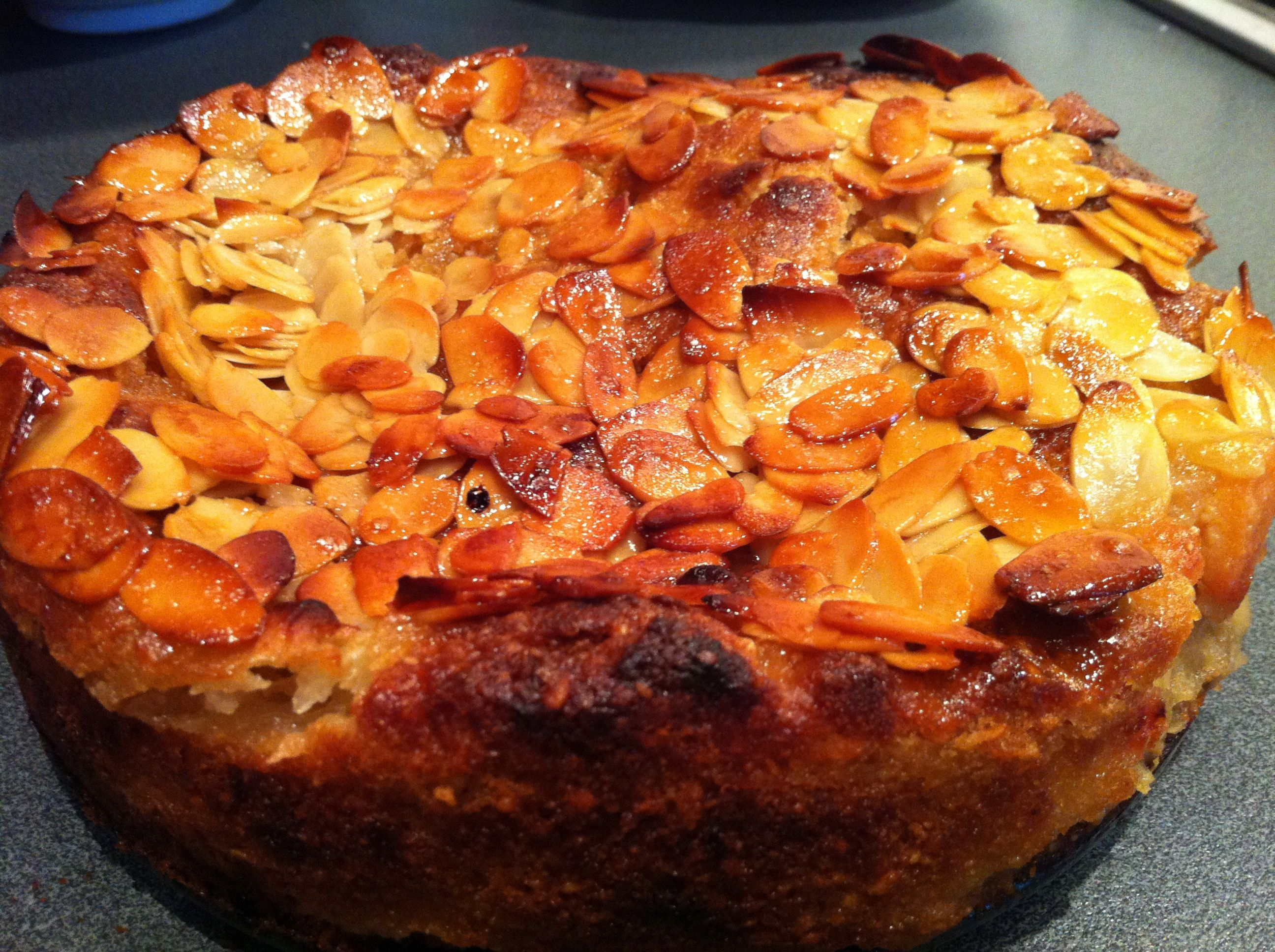 Cake Recipes Using Quinces: Windfall Cake - Apples, Quince & Almond