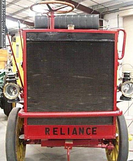 La marque de voitures Américaine Reliance fut fondée en 1906, et cessa son activité de construction automobile en 1911.