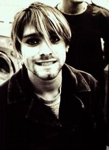Kurt Cobain - Kurt Cobain Photo (18041802) - Fanpop