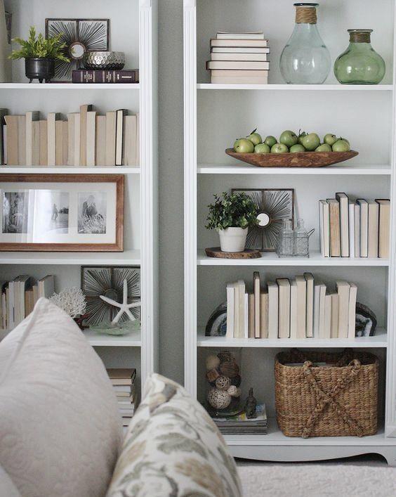 Creative Bookshelf Styling And Layering Tricks Home Living Room Styling Bookshelves Decorating Bookshelves