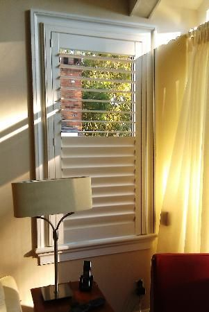 This Shutter Features A Single Panel Without A Center Tilt Rod Or