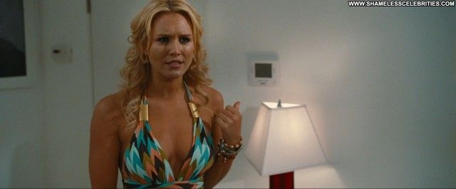 Nicky Whelan Hall Pass Scene