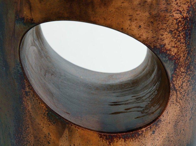 Sgabello poggiapiedi ~ Sgabello in ottone acidato con poggiapiedi moai sgabello in