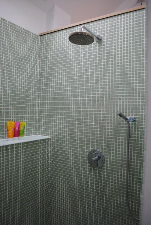 dusche mit regenbrause in 2018 anliegerwohnung pinterest badezimmer regenbrause und. Black Bedroom Furniture Sets. Home Design Ideas