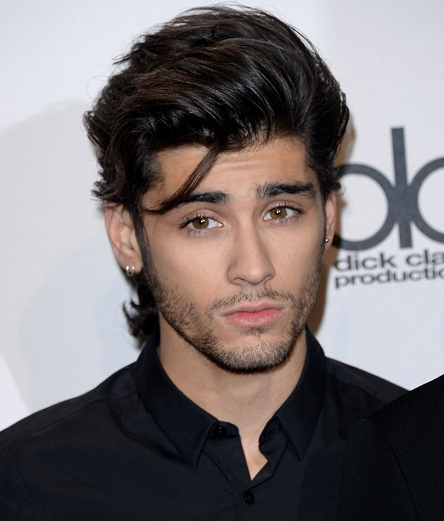 How Zayn Malik S Loose Strand Of Hair At The Amas Got Its Own Twitter Account Iheartradio Zayn Malik Hairstyle Zayn Malik Style Zayn Malik Pics
