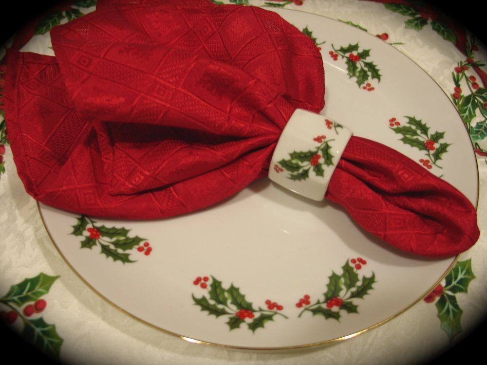 Dinnerware · Vintage Christmas Holly Dinner Plates Fine China ... & Vintage Christmas Holly Dinner Plates Fine China Made in Japan (Set ...