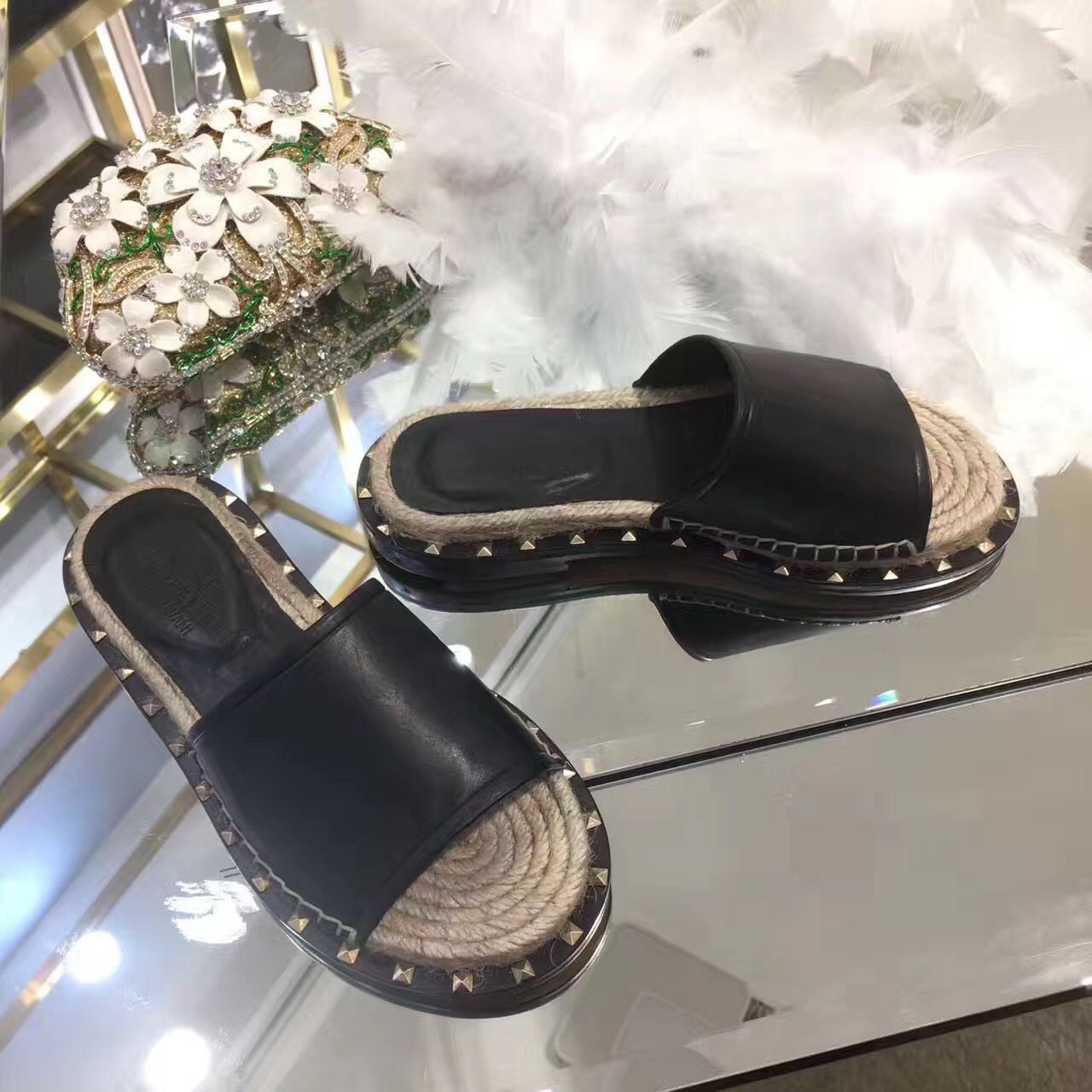 b41734643b0 Valentino woman shoes leather slippers