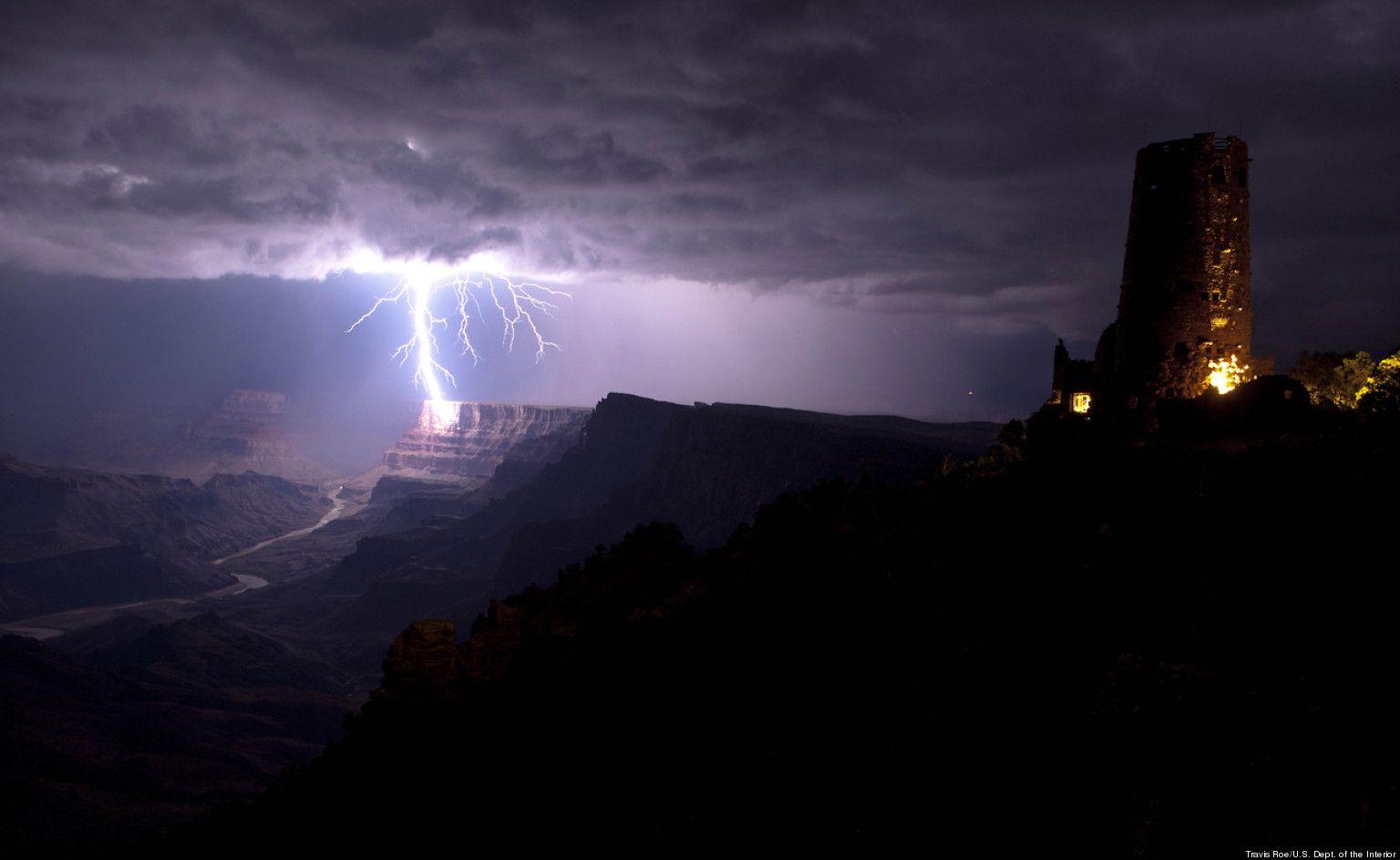 Photo Grand Canyon Lighting Strike