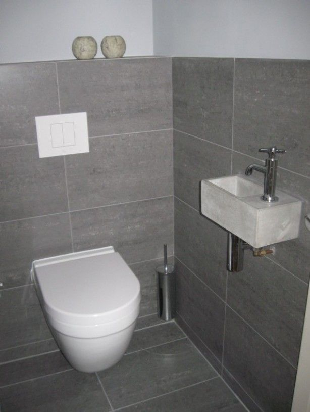 Mooi toilet grijze tegel mooi groot leuke wasbak misschien iets teveel grijs office - Idee deco toilet in grijs ...