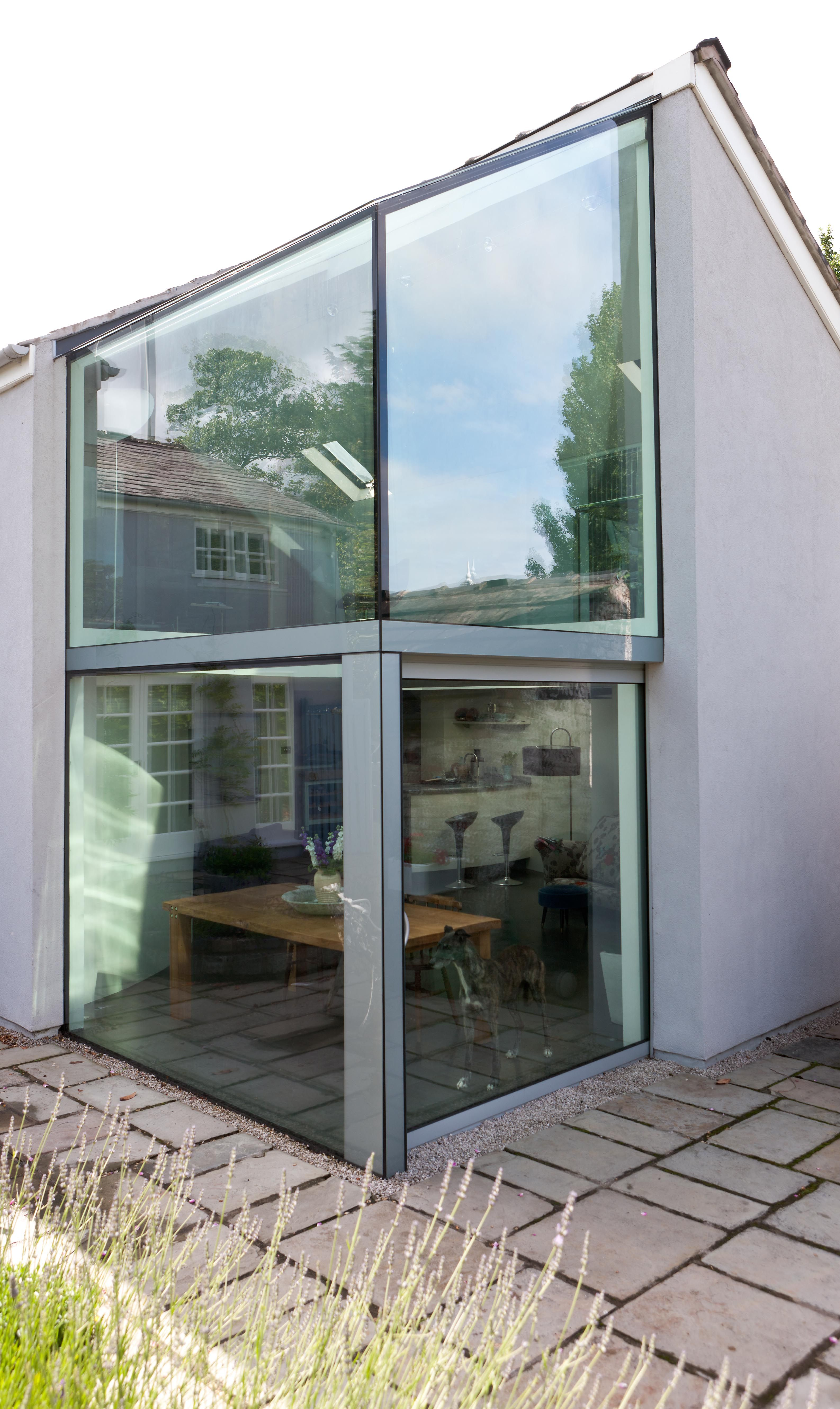 Structurally Glazed Frameless Corner Window Roof With Sliding Pocket Door Architecture Corner Window Sliding Pocket Doors