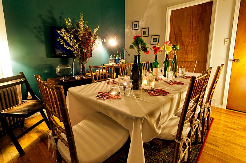Tips for hosting a dinner party in a small apartment - Gifts for small apartments ...