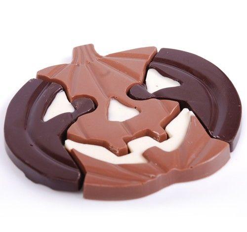 Pumpkin Puzzle     http://www.mrchocolate.com/halloween.html