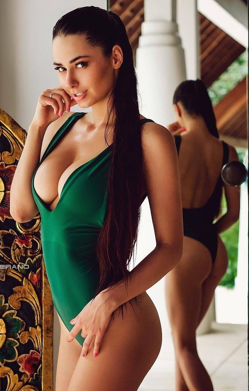 Naked tall women pictures