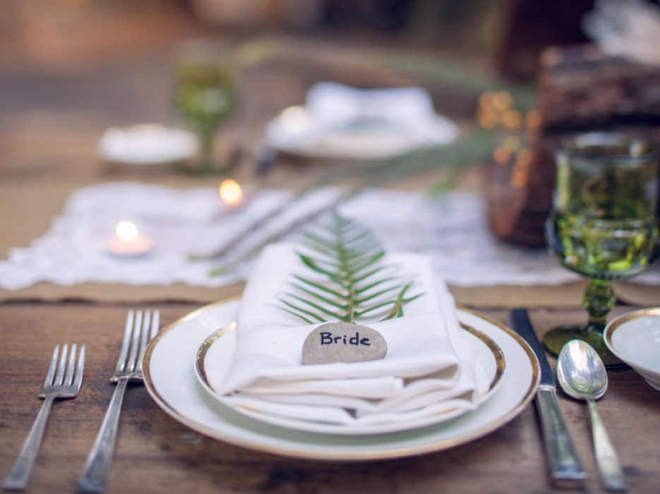 Forest Place Setting Fern And Rock For Name Seating Rockescortcard Weddingferns
