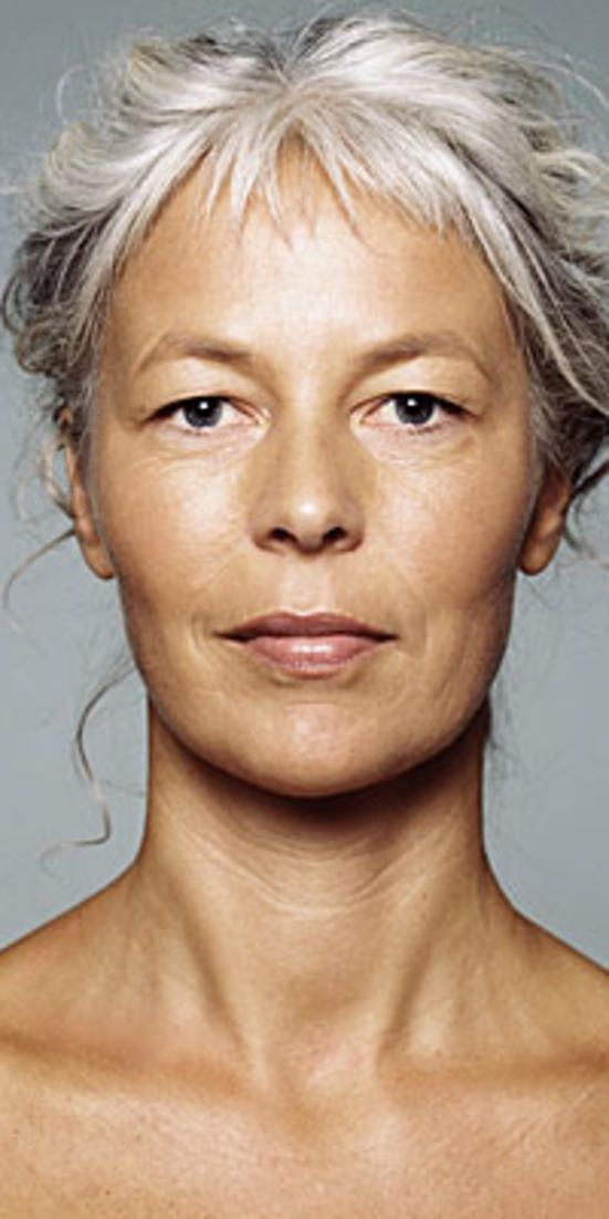 How to fix the 9 worst signs of aging look younger fast are your face and body giving away your age these do solutioingenieria Choice Image