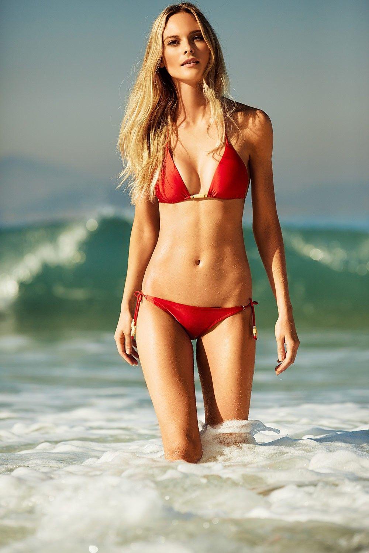 sex-junge-s-film-roten-bikini-monster-schwarzen