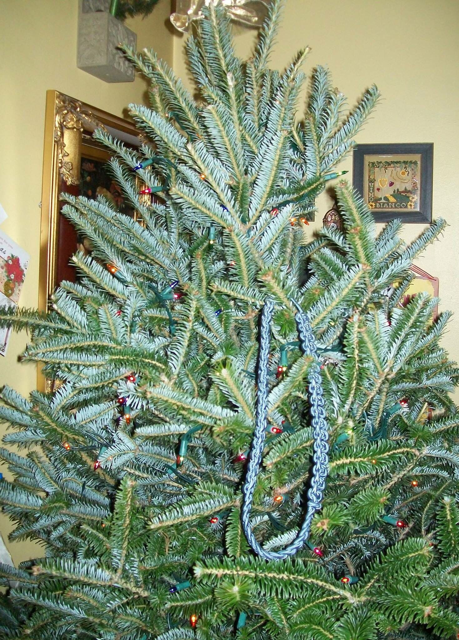 Not much cooler than a a blue cord on the old Christmas tree to ...