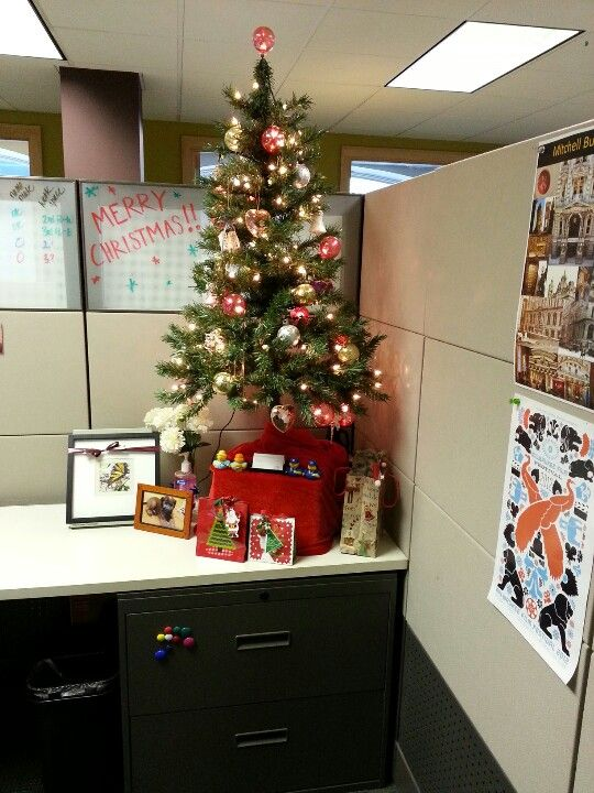 Christmas cubicle lc fun committee pinterest - Decoracion navidena oficina ...