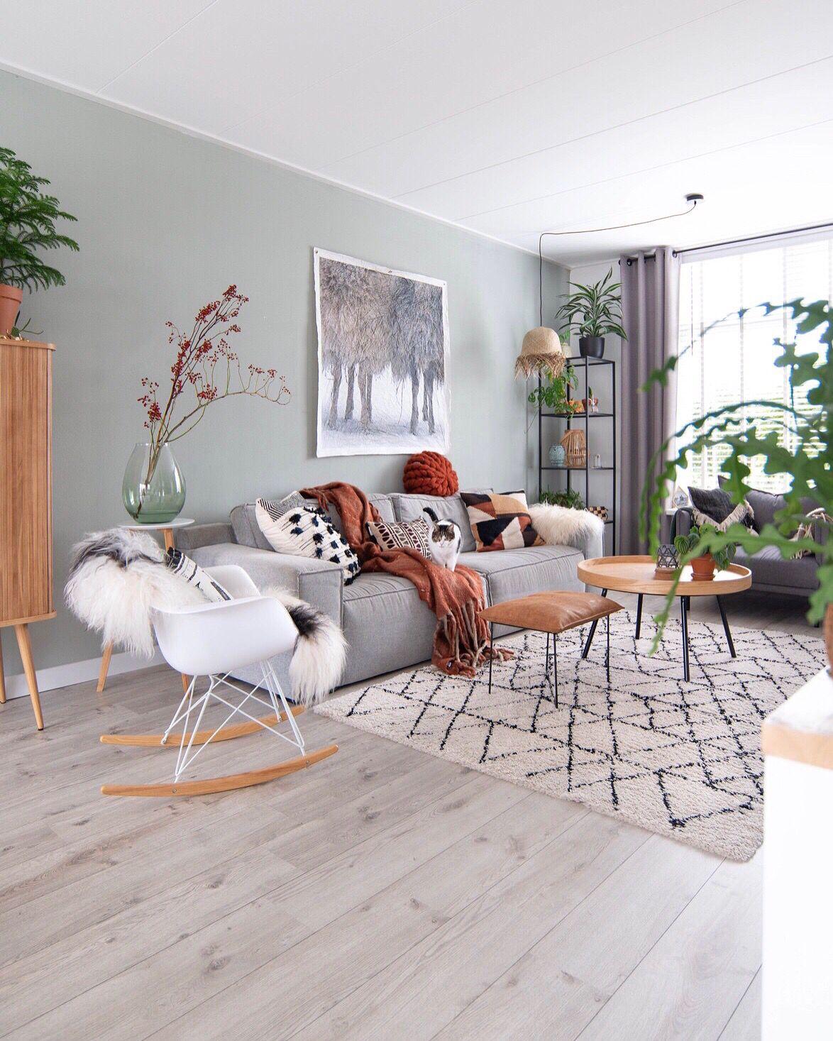 Pale Jade Green by Keeelly91 | Interieur woonkamer, Grijze