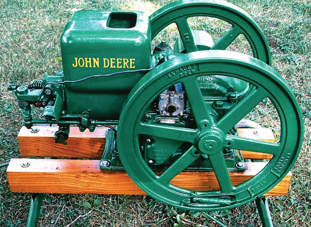 A Model E hit-and-miss engine manufactured by Deere
