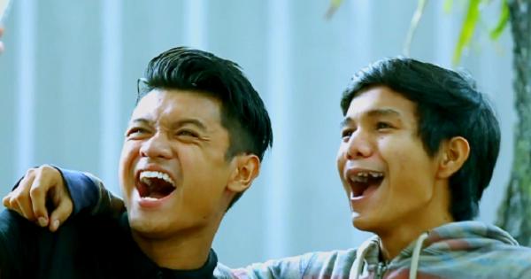 Nak dapat Sony Play Station 4 FREE? Hantar je gambar anda! #NextJutawan Mahu menjadi #NextJutawan Malaysia? Klik untuk lihat bagaimana anda boleh menangi RM5,000 dan Sony Play Station 4!