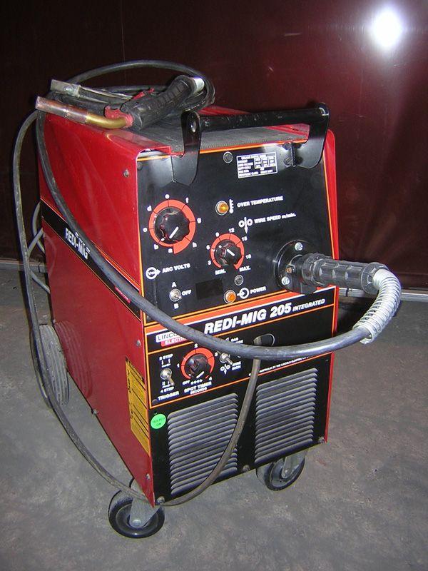 Engine Driven Welder W Electric Fuel Pump Stainless Roof Case Sides