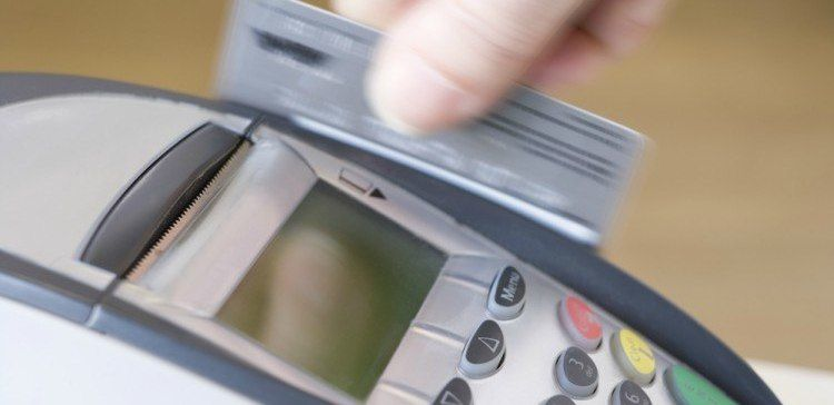 how to swipe a card without chip