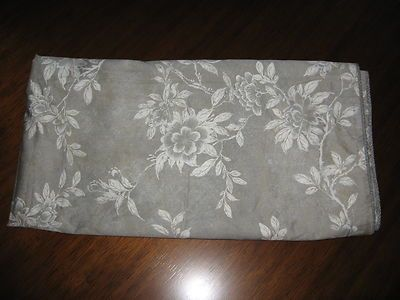 Odeon Floral Gray and Cream Print