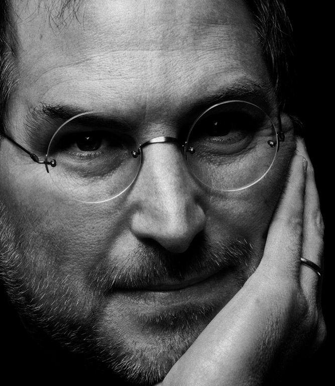 Steve Jobs Wearing Lunor Glasses Steve Jobs Steve Jobs Quotes Steve Jobs Apple