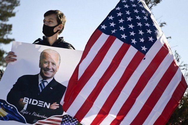 الرباط تترقب موقف الرئيس الجديد للولايات المتحدة بشأن الصحراء المغربية In 2021 Country Flags Flag Art