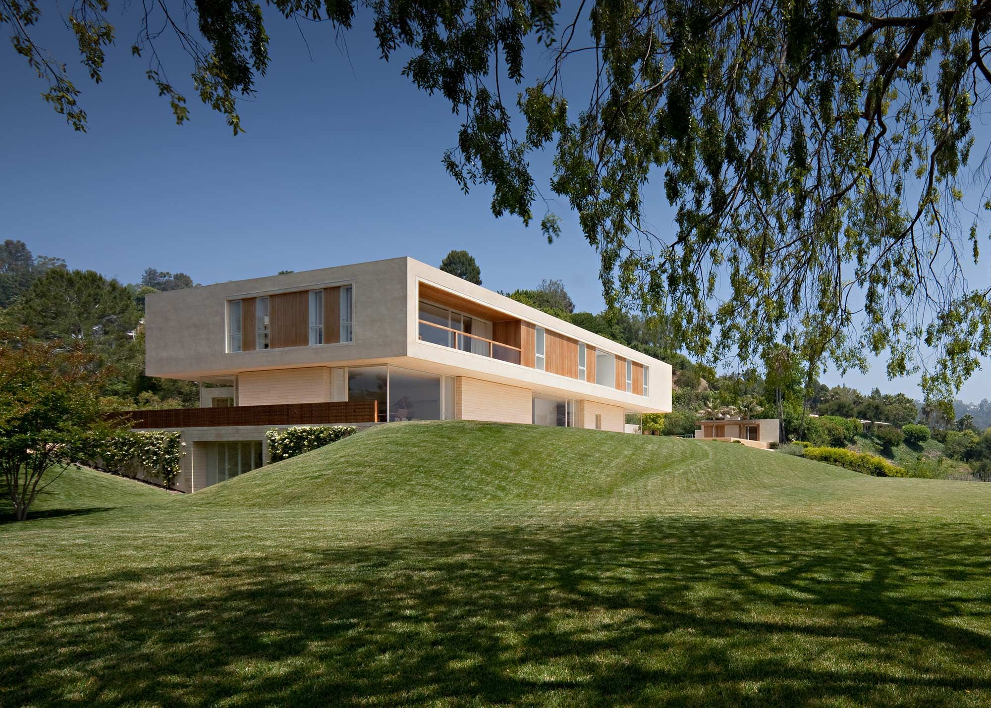 A beautiful california house by john pawson architecture for Minimalist house los angeles