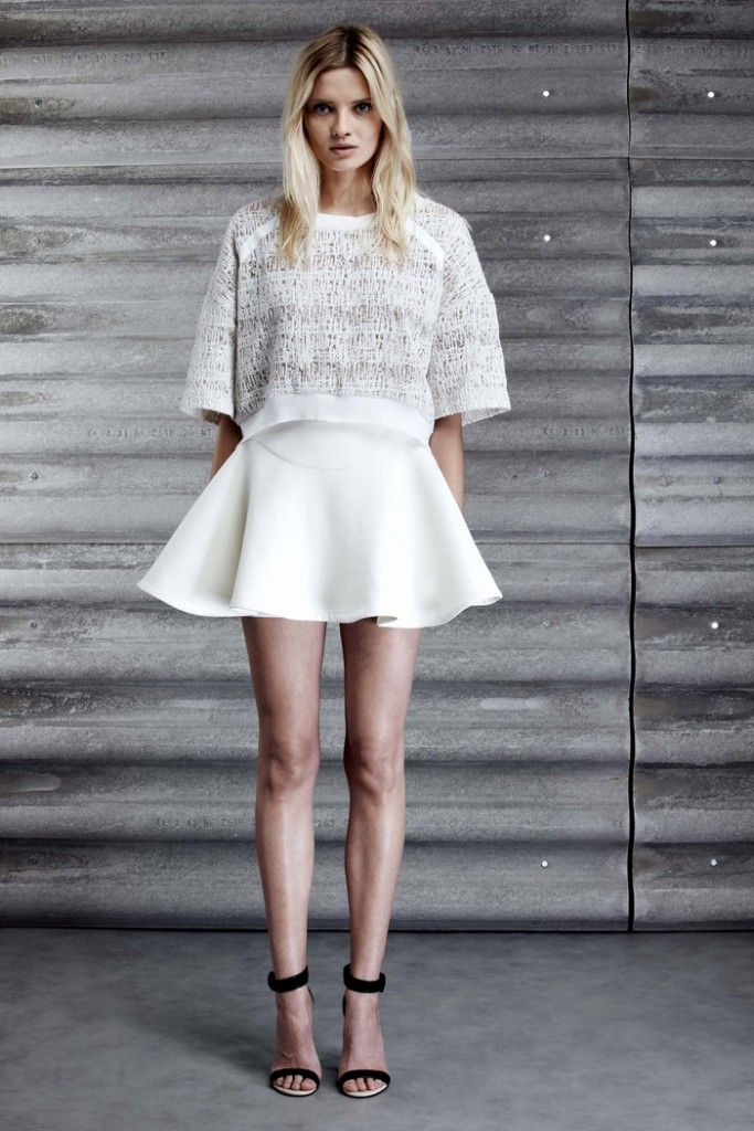 full mini skirt #wedding #alternativeweddinglook