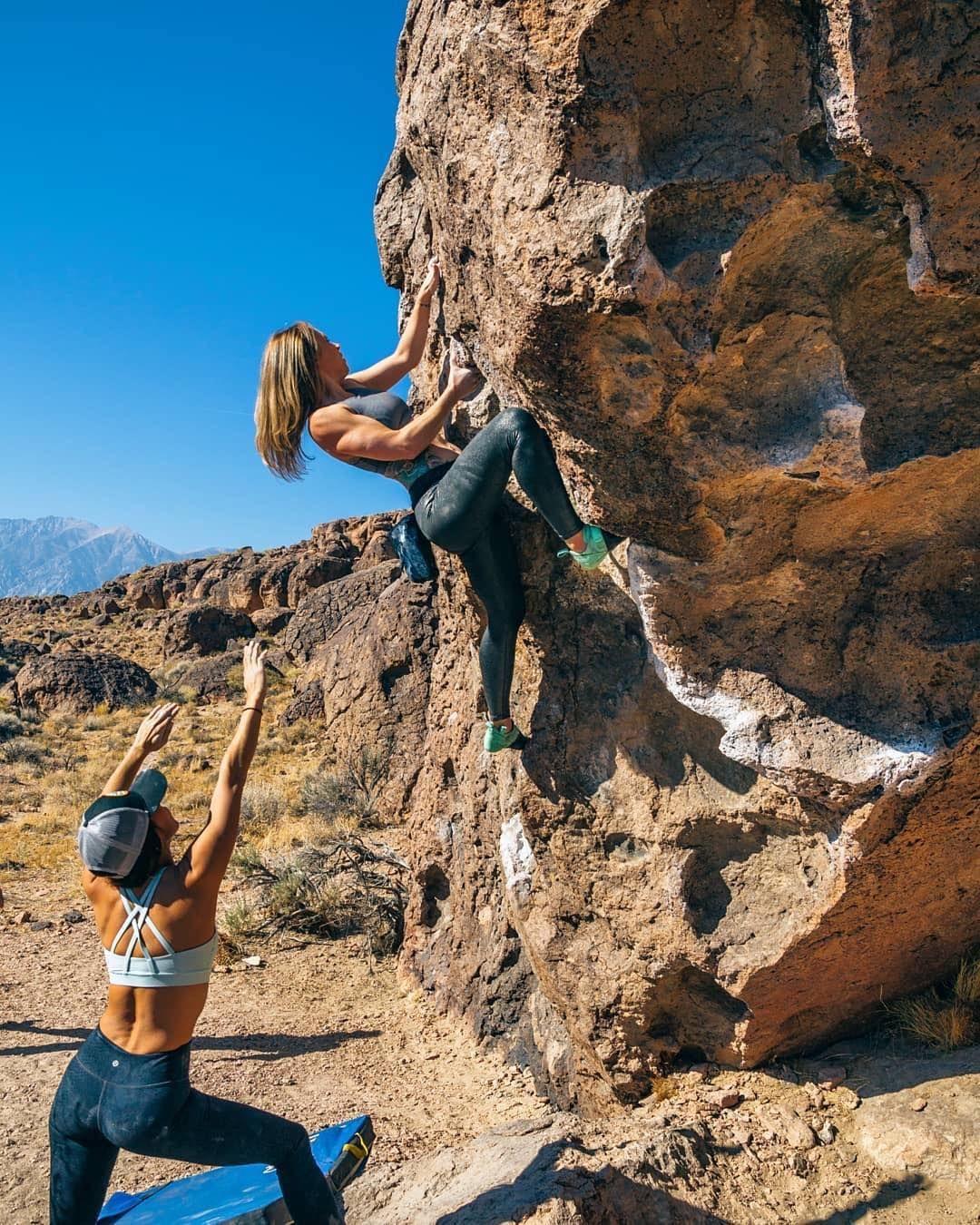 da806814df So iLL Ladies Leggings |Shimmer | Climbing Shoes - Street LV | worn by  @yeahapril @takeholdlv #climb #climbing #bouldering #girlswhoclimb  #climbing shoes ...