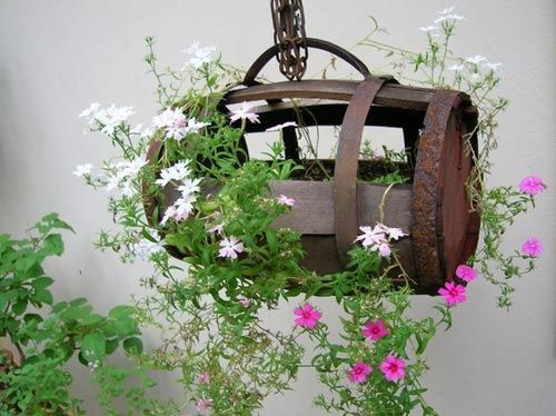 flea market garden ideas | Do beautiful things with a barrel ...