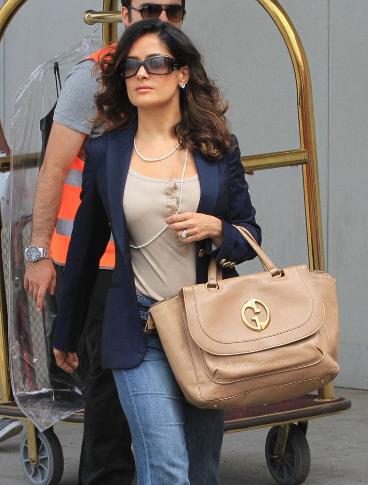 dd0a4f46638d The Many Bags of Salma Hayek | the many bags of | Salma hayek, Bags ...
