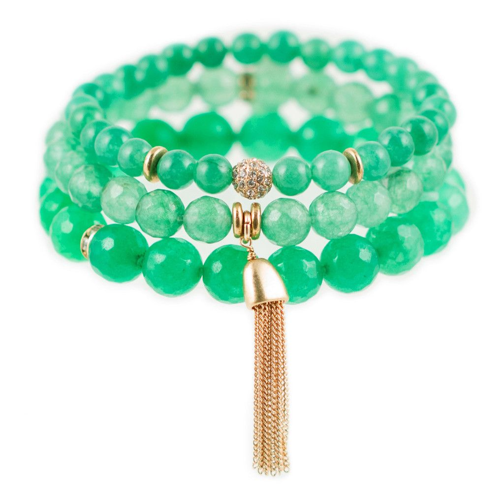 As seen in O, The Oprah Magazine! Set of 3 semi-precious beaded stretch bracelets with crystal and 22K gold-dipped accents. A natural peacemaker, Green is an emotionally positive color, giving us the ability to love ourselves and others unconditionally.