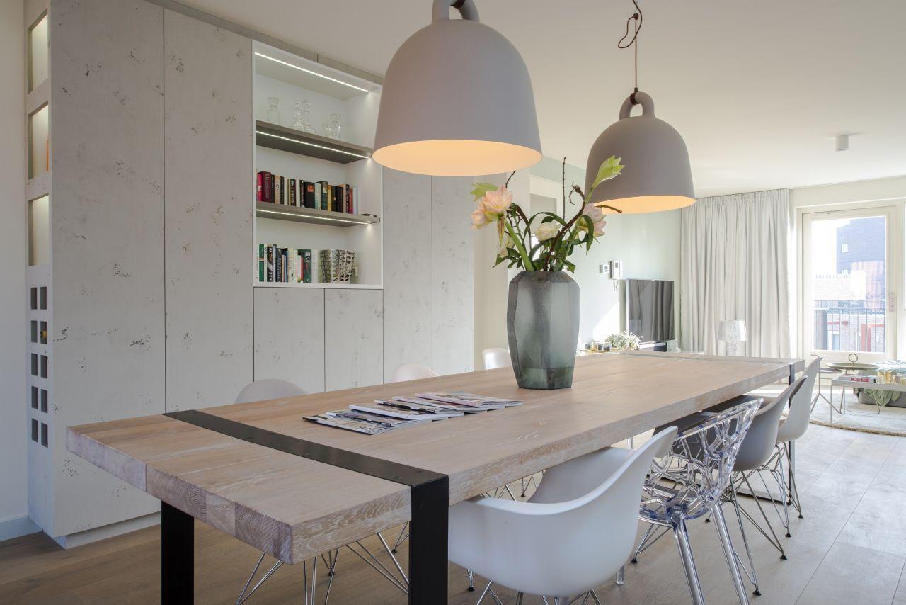 Woonkamer Kast En Tafel 1 Verkleind Interieur Dining