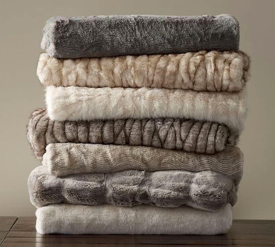 Advantages Of Fur Blankets 6 In 2020 Faux Fur Throw Fur