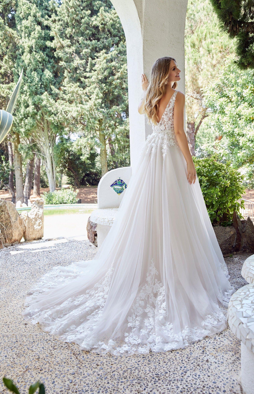 Ronald Joyce Daria Wedding Dress Spring 2020 Collection Wedding Dresses Ronald Joyce Wedding Dresses Designer Bridal Gowns [ 2448 x 1574 Pixel ]