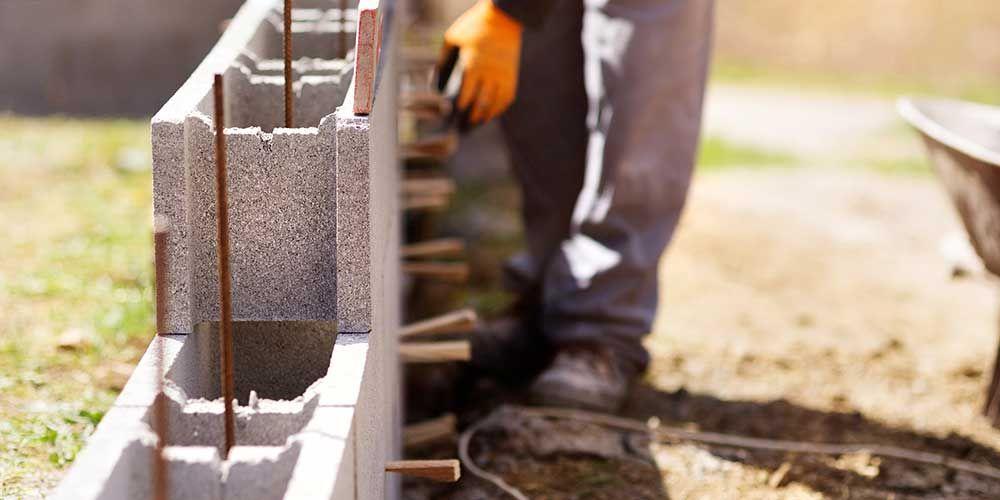 Construire un mur sans fondation Travaux du0027extérieur Pinterest