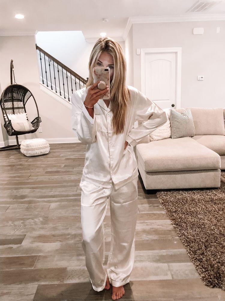 Pinterest Piriesellars2 Pajama Party Outfit Ideas Silk Pajamas Night Pajama