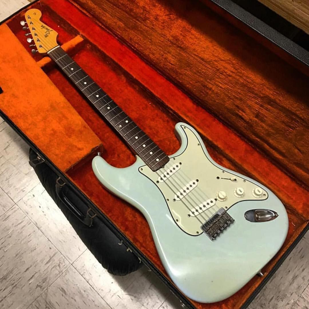 Electric Guitars Which Is Best Quality Electricfenderguitars Fender Guitars Fender Guitar Amps Fender Stratocaster