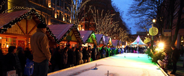 Winter World Christmas Market On Potsdamer Platz Visitberlin De Christmas Market Travel Event Calendar