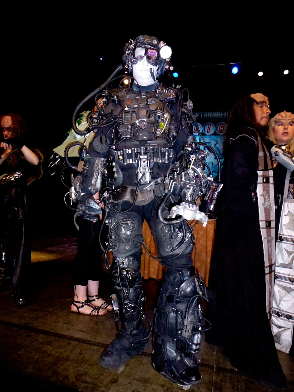BORG costume from Star Trek the Next Generation | Star Trek The ...