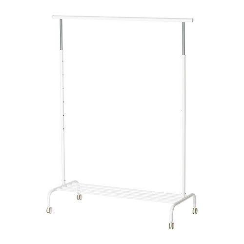 IKEA - RIGGA, Garderobenständer, , Die Höhe lässt sich durch einfaches Festklicken 6fach auf den jeweiligen Bedarf einstellen.Auf dem Gitterrost unten ist Platz für Kästen oder 4 Paar Schuhe.