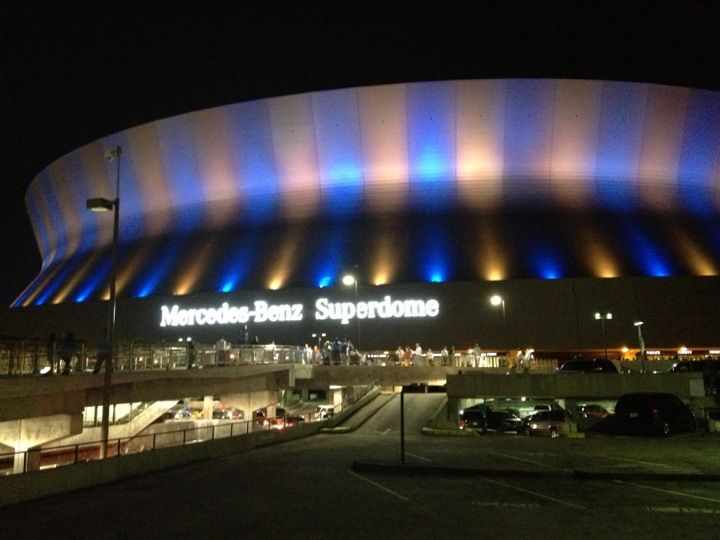 Home Of The NFL New Orleans Saints, Mercedes Benz Superdome In New Orleans,