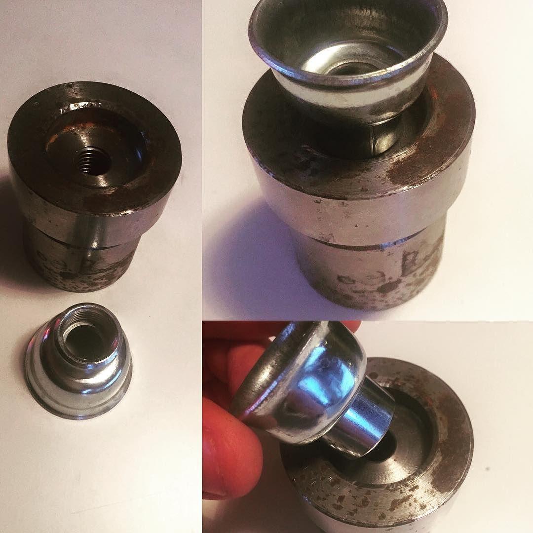 Planning To Get My Bench Capper In Better Shape Built Like A Tank Craftbeer Homebrew Homebrewing Diy Bottling Benchcapper Med Bilder